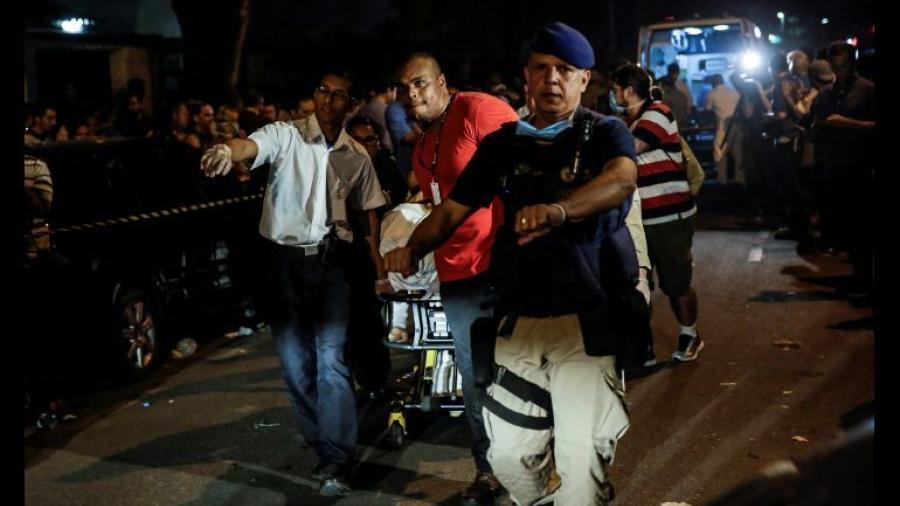 Aumenta a 12 el número de muertos tras incendio en hospital de Brasil