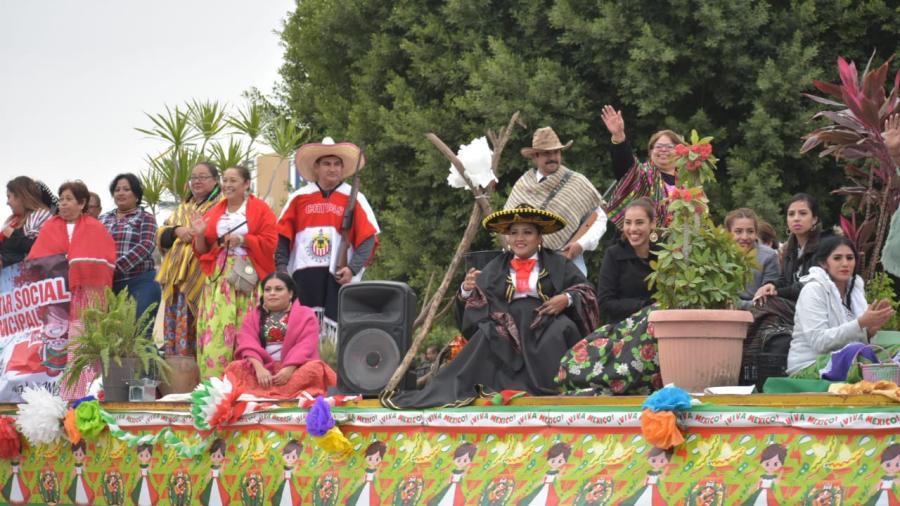Exitoso desfile de la Revolución Mexicana en Río Bravo
