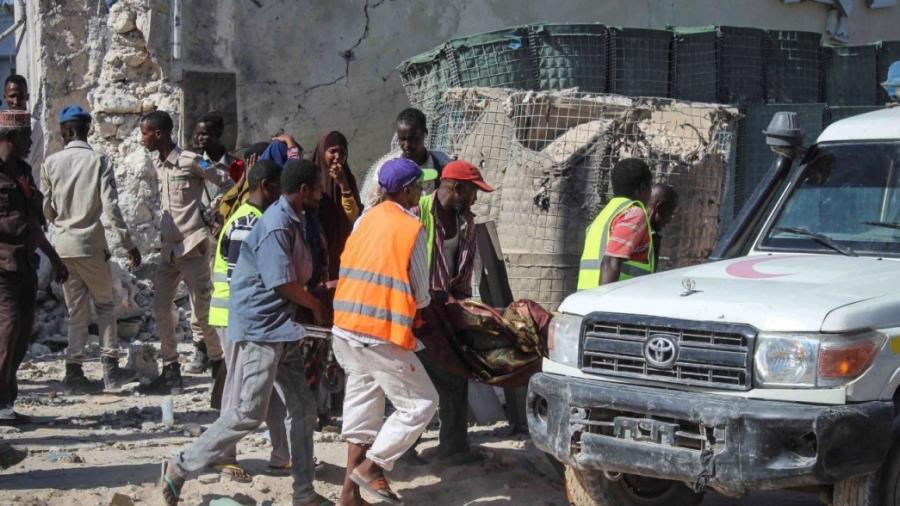 Explotan dos autos bomba en Mogadiscio, Somalia