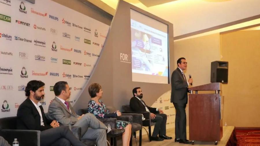 """Asiste Enrique Rivas Cuellar al Foro """"Alcaldes Hablando con Alcaldes"""""""
