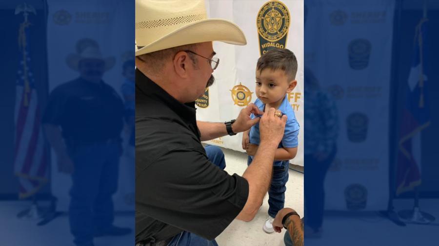 Pequeño con cáncer es diputado honorario en Condado Hidalgo