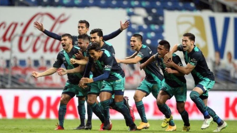 ¡Rompe quinielas! Puebla elimina a Rayados en penales y clasifica a la liguilla