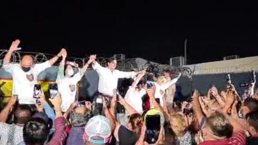 Carlos Peña se proclama virtual vencedor de la elección