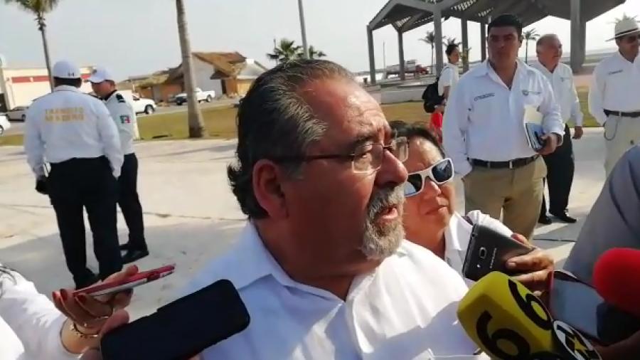 Clausura Ayuntamiento 2 estacionamientos en playa Miramar