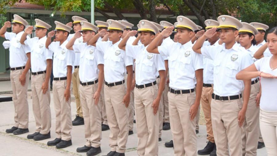 SET da a conocer estudiantes aprobados para el Bachillerato General Militarizado