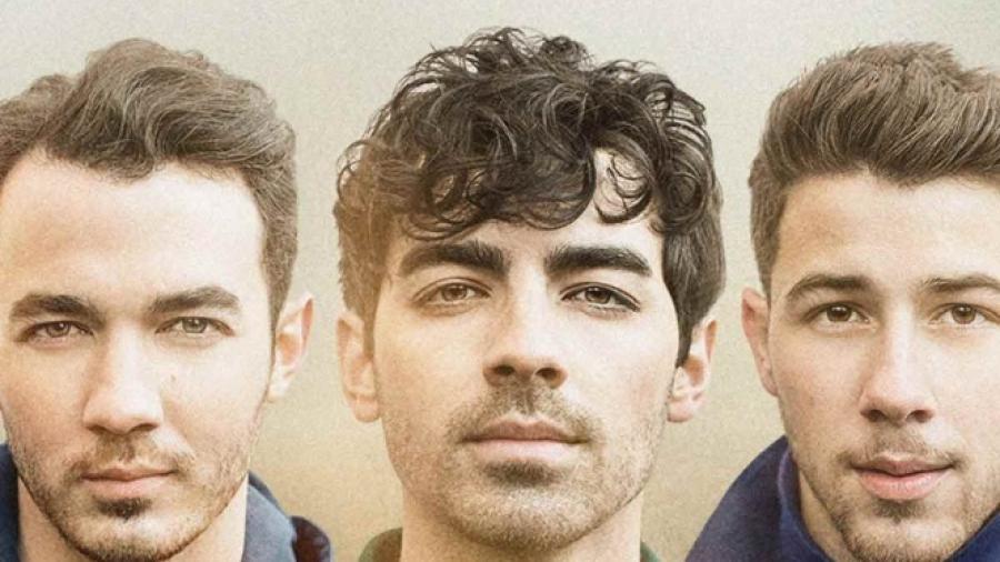 "Jonas Brothers alistan su documental ""Chasing Happiness"""