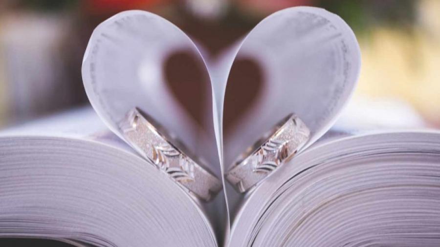 ¡No más infieles! Crean anillos de bodas con GPS