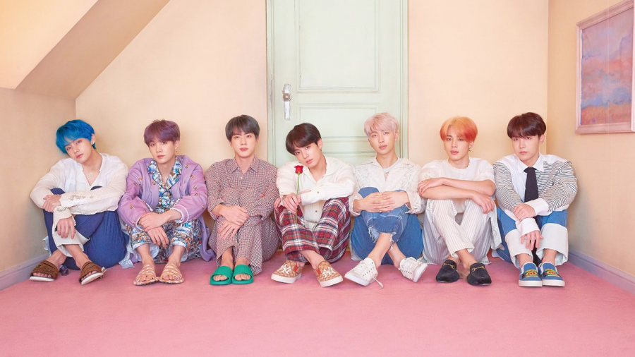 BTS alcanza a the Beatles en el Billboard 200