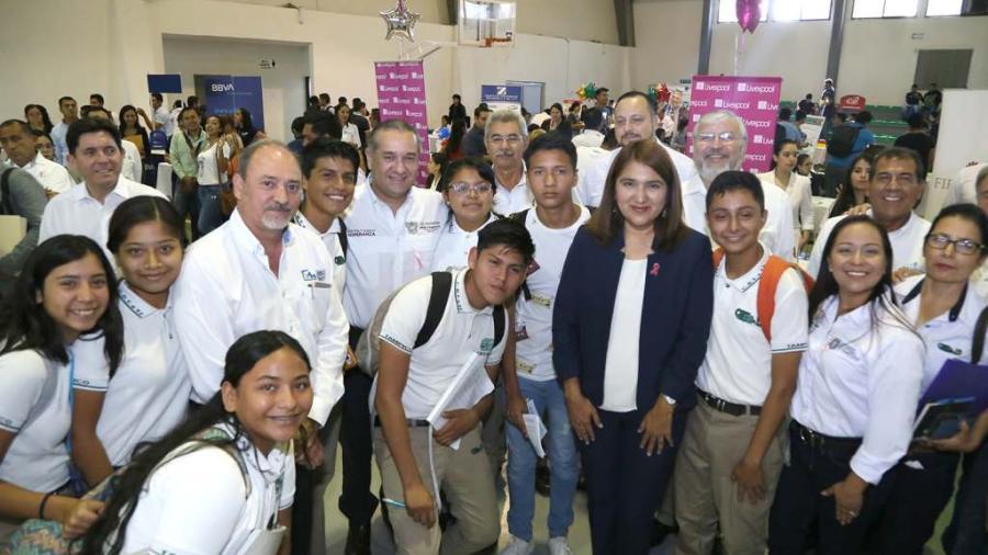 Adrián Oseguera es anfitrión de 1era Feria del Empleo en el sur de Tamaulipas