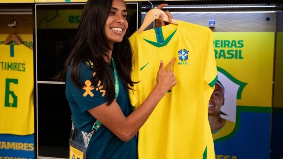 Selección femenil de Brasil quitará títulos masculinos de su uniforme