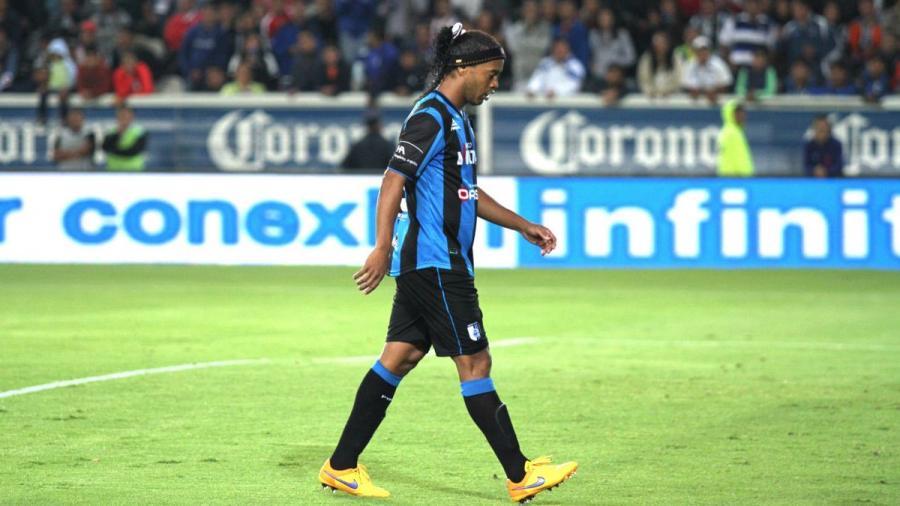 Internvienen las cuentas bancarias de Ronaldinho