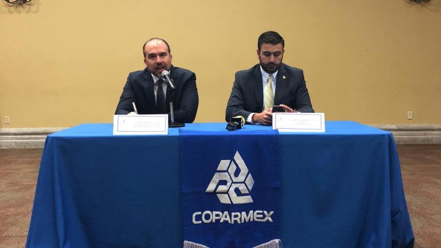 Empresarios vigilan los pasos de Mario López