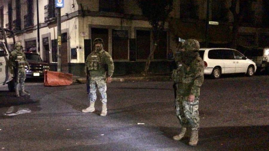 Marina ejecuta fuerte operativo en Tepito