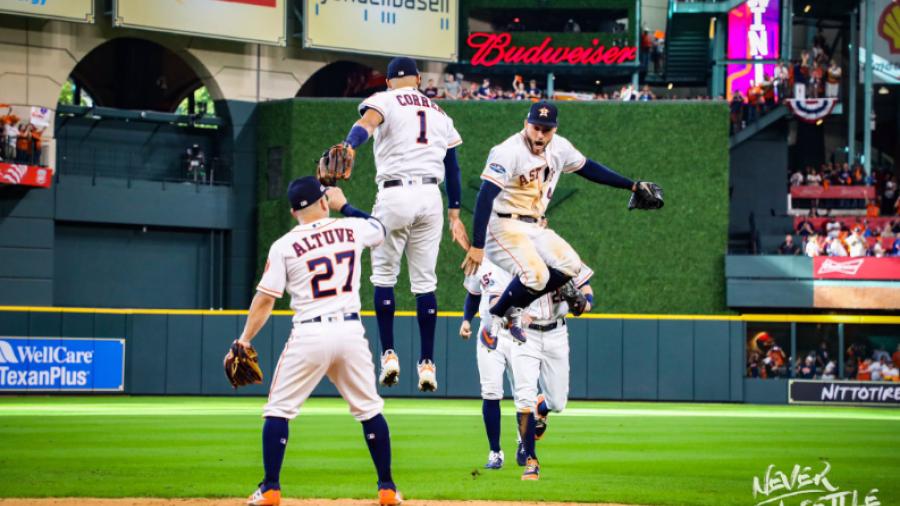 Vence Astros a Indians 7 a 2 en su primer juego
