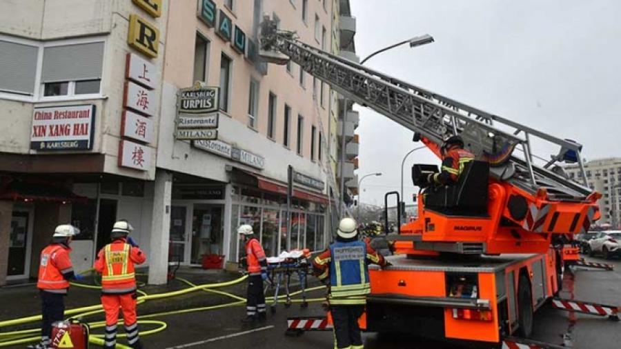 Mueren 4 personas en incendio en Alemania
