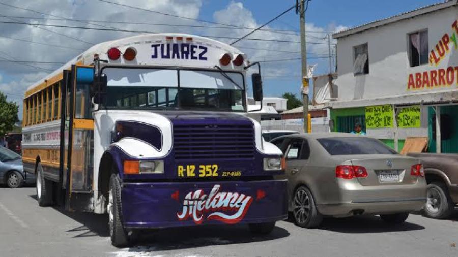 """Reactivan """"peseras"""" por falta de taxis en Matamoros"""