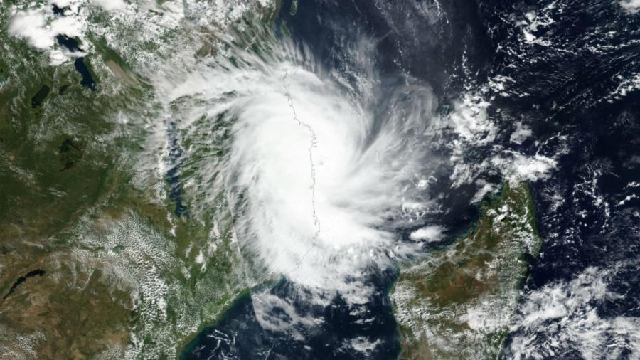 El ciclón Kenneth azota el norte de Mozambique