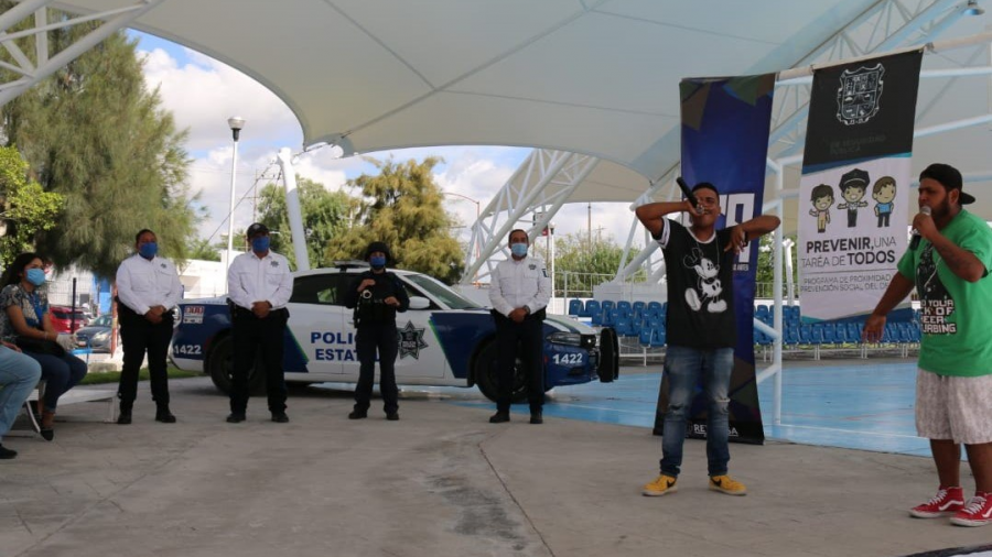 Policía Estatal sostuvo una plática con menores sobre Violencia en la Pareja e Identidad Policial