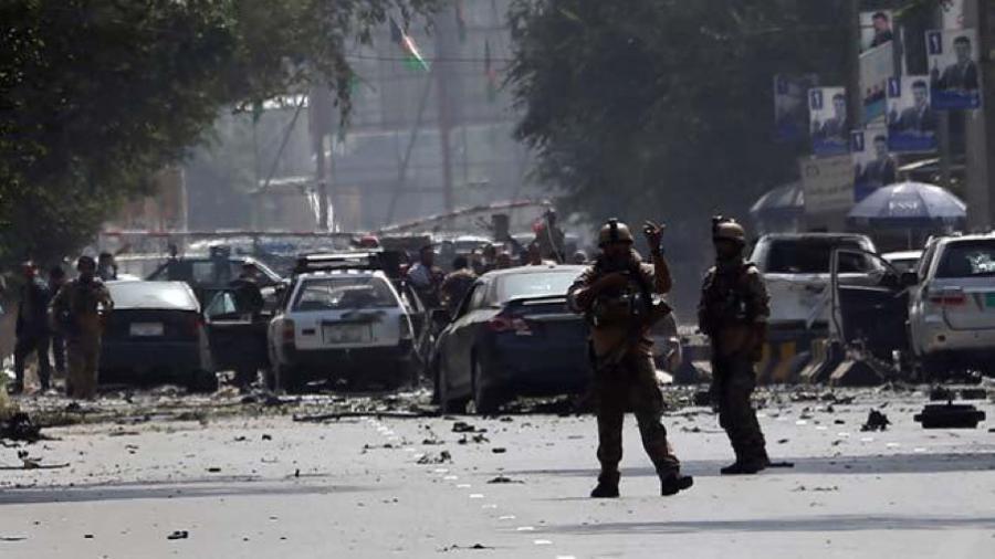 Doble atentado suicida enAfganistán deja al menos 30 muertos