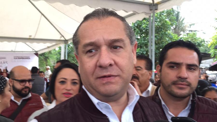 En 3 años Adrián Oseguera pavimentada 50 kilómetros en calles
