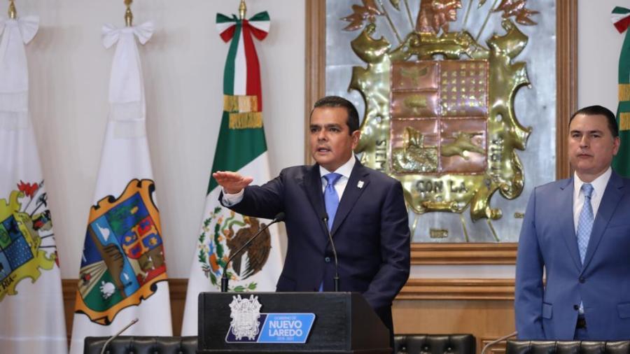 Enrique Rivas toman protesta como alcalde de Nuevo Laredo