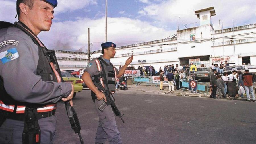 Seis heridos tras ataque con una hacha en escuela de Brasil