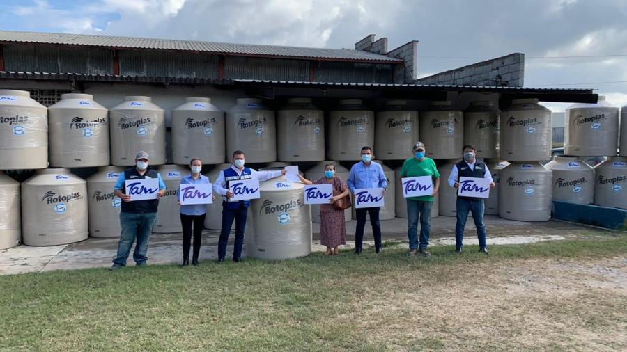 Continúa la venta de tinacos subsidiados para combatir desabasto de agua en Victoria