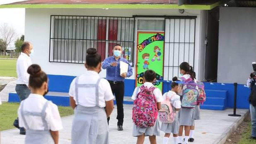Confirman regreso a clases presenciales en municipios con semáforo verde y amarillo el próximo 30 de agosto