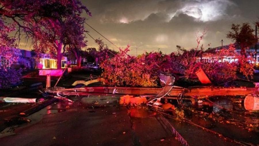 Tornado causa destrozos en Dallas