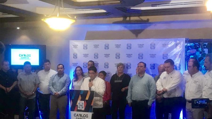 Se suma Humberto Rangel a la campaña de Carlos García
