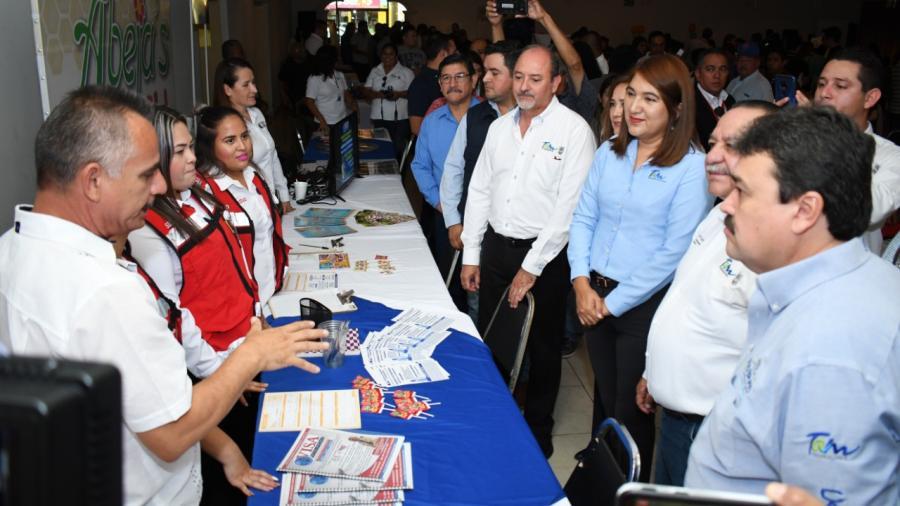 Exitosa feria del empleo en Río Bravo