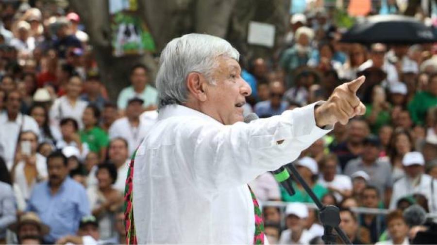 AMLO presenta plan de reconstrucción en Oaxaca