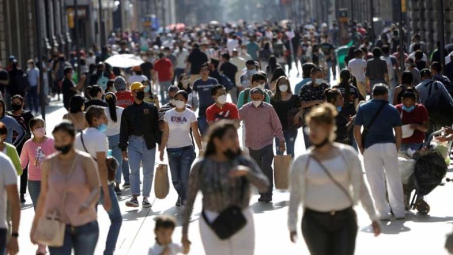 Admite AMLO presencia de tercera ola en México, asegura ser de menor intensidad