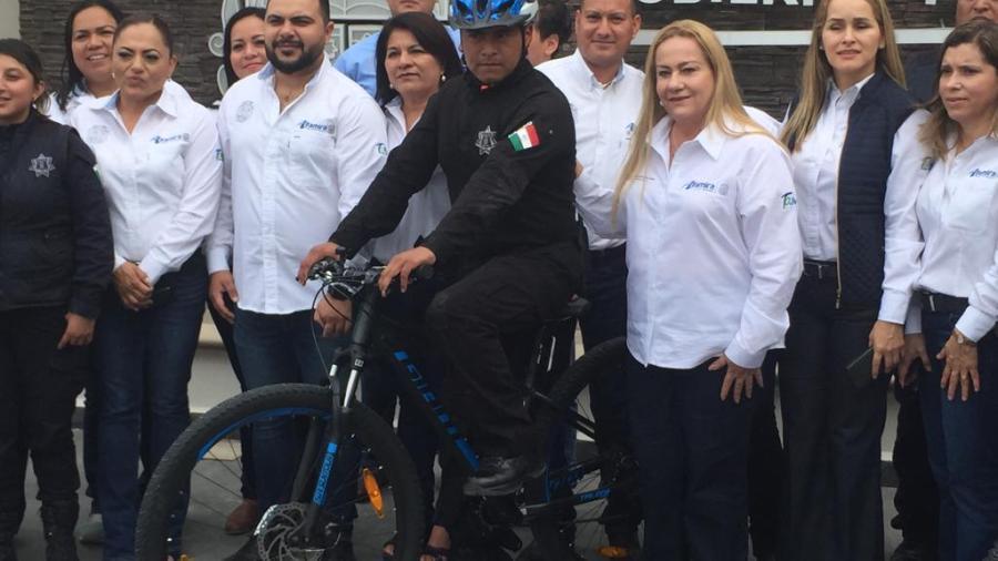 Entregan bicicletas a la Policía estatal para mejorar vigilancia en el primer cuadro de la ciudad