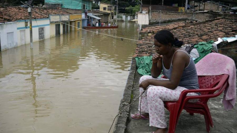 Declara Colombia alerta máxima por lluvias