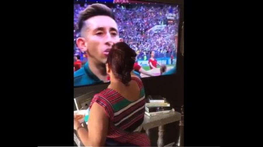 """""""Mi abuela es la razón por la que ganamos"""", mujer bendice a los jugadores"""