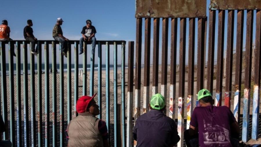 EU plantea regresar a familias completas en plan de retorno de migrantes
