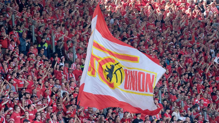 Unión Berlín abrirá sus puertas a fanáticos