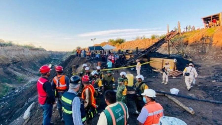 Suman cuatro cuerpos recuperados de mina derrumbada en Múzquiz, Coahuila