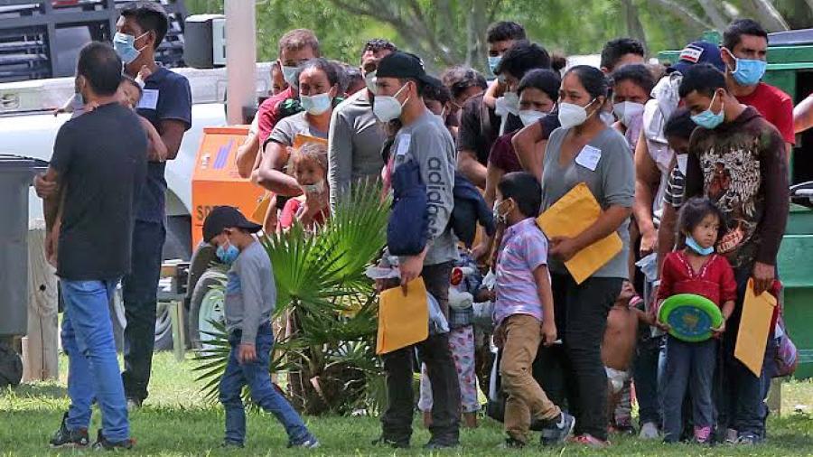 "Prohibido ""recoger"" migrantes para llegar a albergue de positivos a COVID-19"