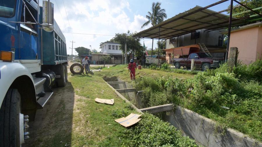 Mantiene Altamira labores de limpieza y desazolve en drenes pluviales