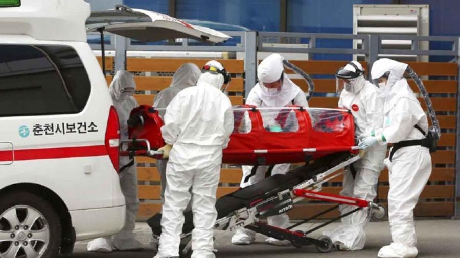 Más de 2 mil 400 muertes en China por Covid-19
