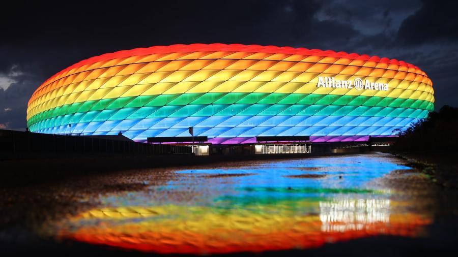 Rechaza UEFA petición para iluminar el estadio de Múnich con la bandera LGBT