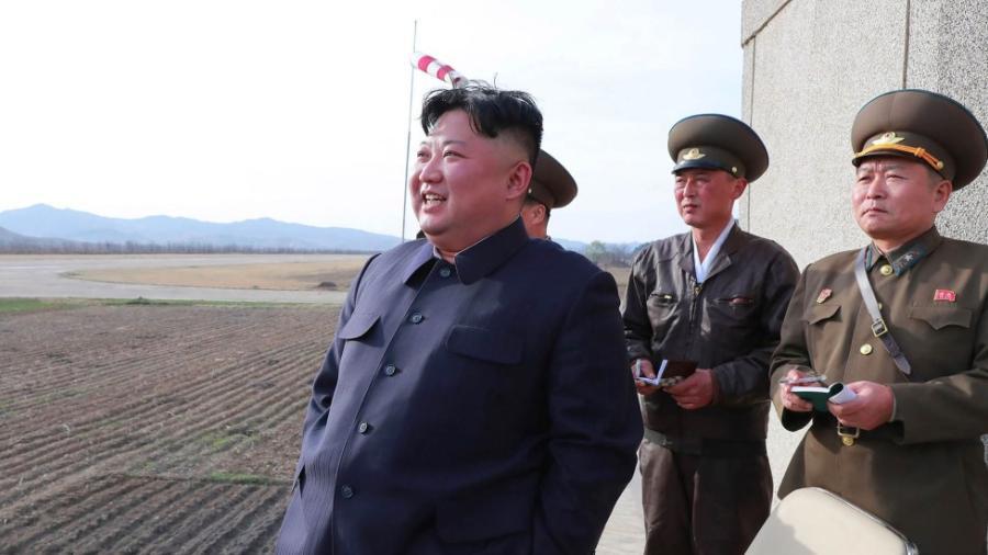 Viaja Kim Jong a Rusia para reunirse con Putin