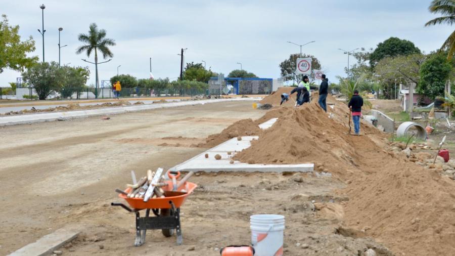Avanza obra de ampliación de tráfico de Bulevar Laguna de Champayán