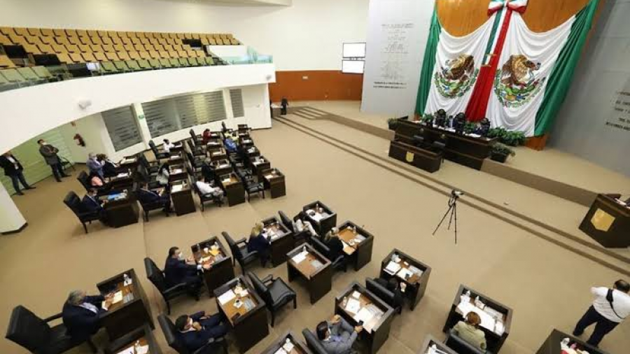 Congreso de Tamaulipas aprueba fuero definitivo a García Cabeza de Vaca