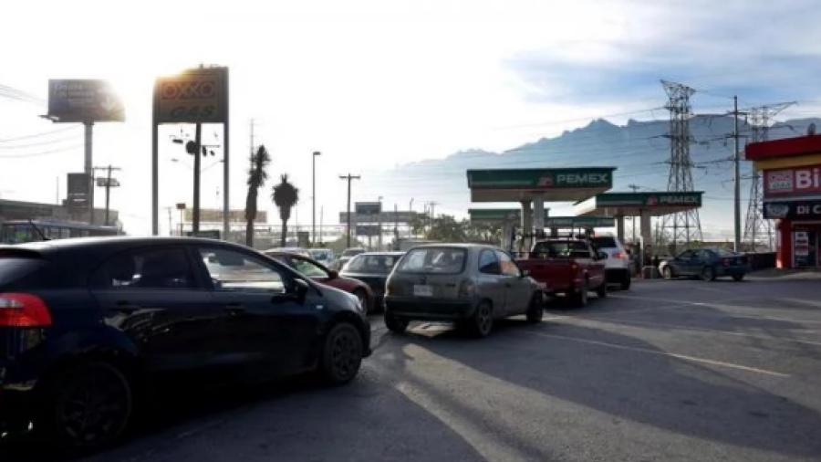 """Confirma AMLO desabasto en Reynosa y Nuevo León porque """"pincharon"""" dos ductos"""