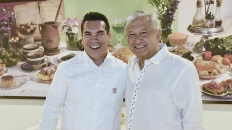 Se reúne AMLO con gobernador de Campeche