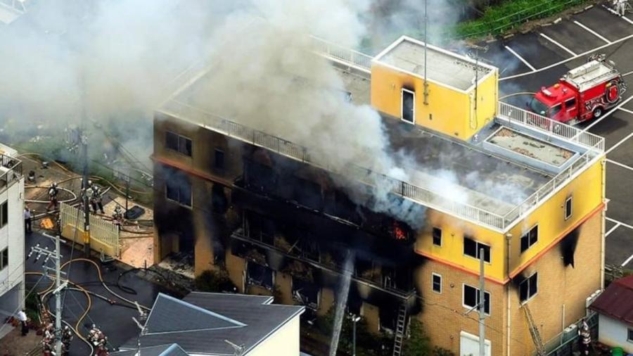Aumenta a 33 cifra de muertos por incendio en estudio de anime en Japón