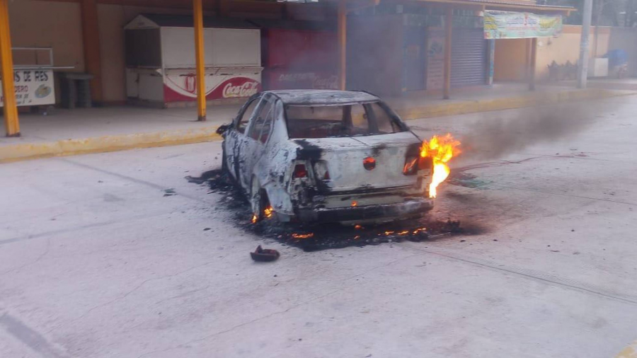 Asesinan y calcinan a jefe de policía, en Guerrero
